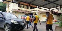 Tim Cecep Sumarno dan Didin Saprudin, saat menggelar jumpa pers di salah satu hotel di Rangkasbitung. (Foto: TitikNOL)