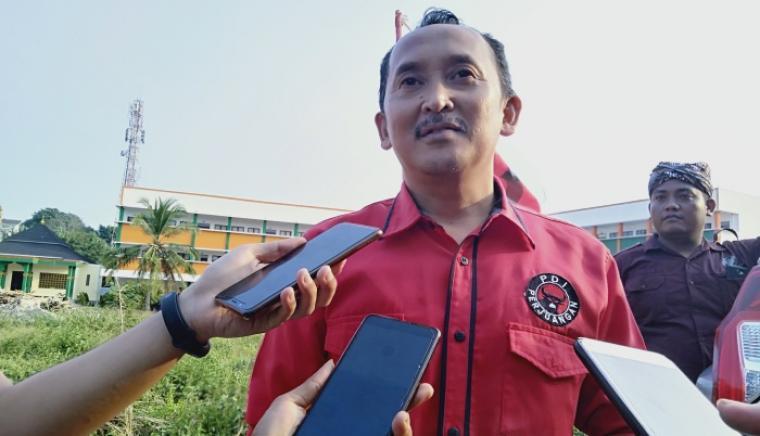 Ketua DPD PDI-Perjuangan Banten Ade Sumardi. (Foto: TitikNOL)