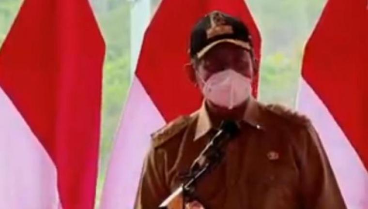 Gubernur Banten Wahidin Halim saat sambutan di peresmian Bendungan Sindang Heula. (Foto: TitikNOL)
