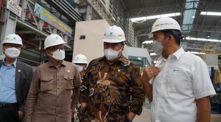Wakil Ketua DPR RI, Rachmat Gobel bersama beberapa perwakilan Komisi V dan VI DPR RI melakukan kunjungan kerja ke pabrik PT Krakatau Steel di Kota Cilegon, Banten. (Foto: Istimewa)