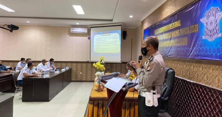 Suasana rapat koordinasi lintas instansi dalam rangka pengamanan Mudik Lebaran Idul Fitri 2021, Selasa (6/4/2021). (Foto: TitikNOL)