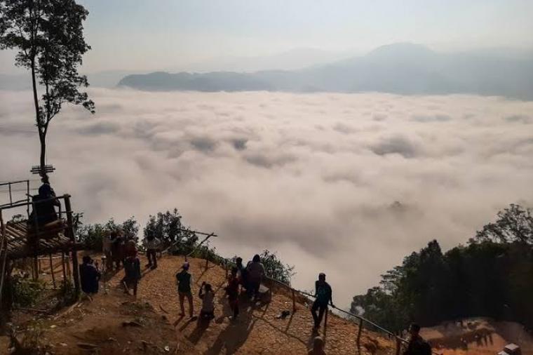 Wisata gunung luhur Citorek, Kabupaten Lebak, Banten. (Dok: Kompas)