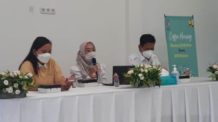 Petugas BPJN Banten saat menjelaskan target kerja Tahun anggaran 2021. (Foto: TitikNOL)